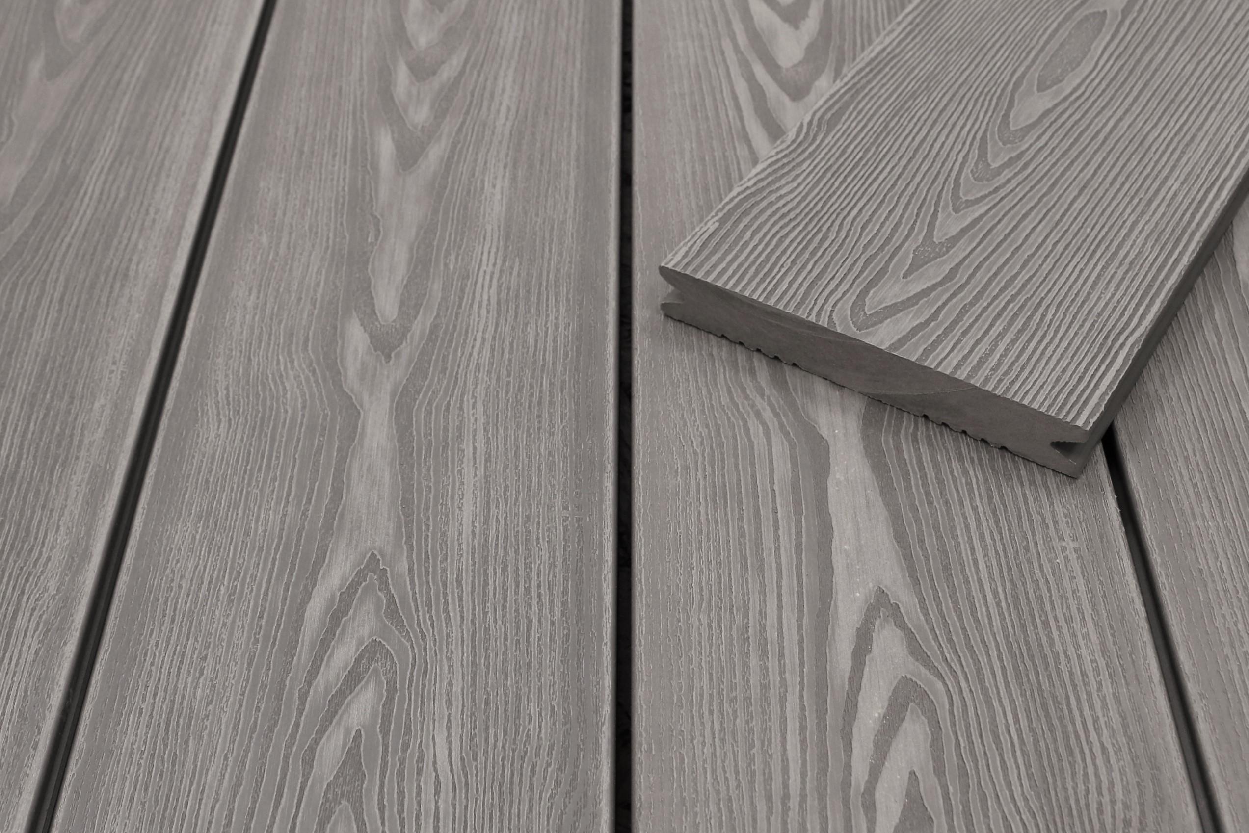 WPC Terrassendielen massiv, hellgrau, 3D Struktur in Holzoptik, 22 x 143 bis 4800 mm, Vollprofil für 9,50 €/lfm