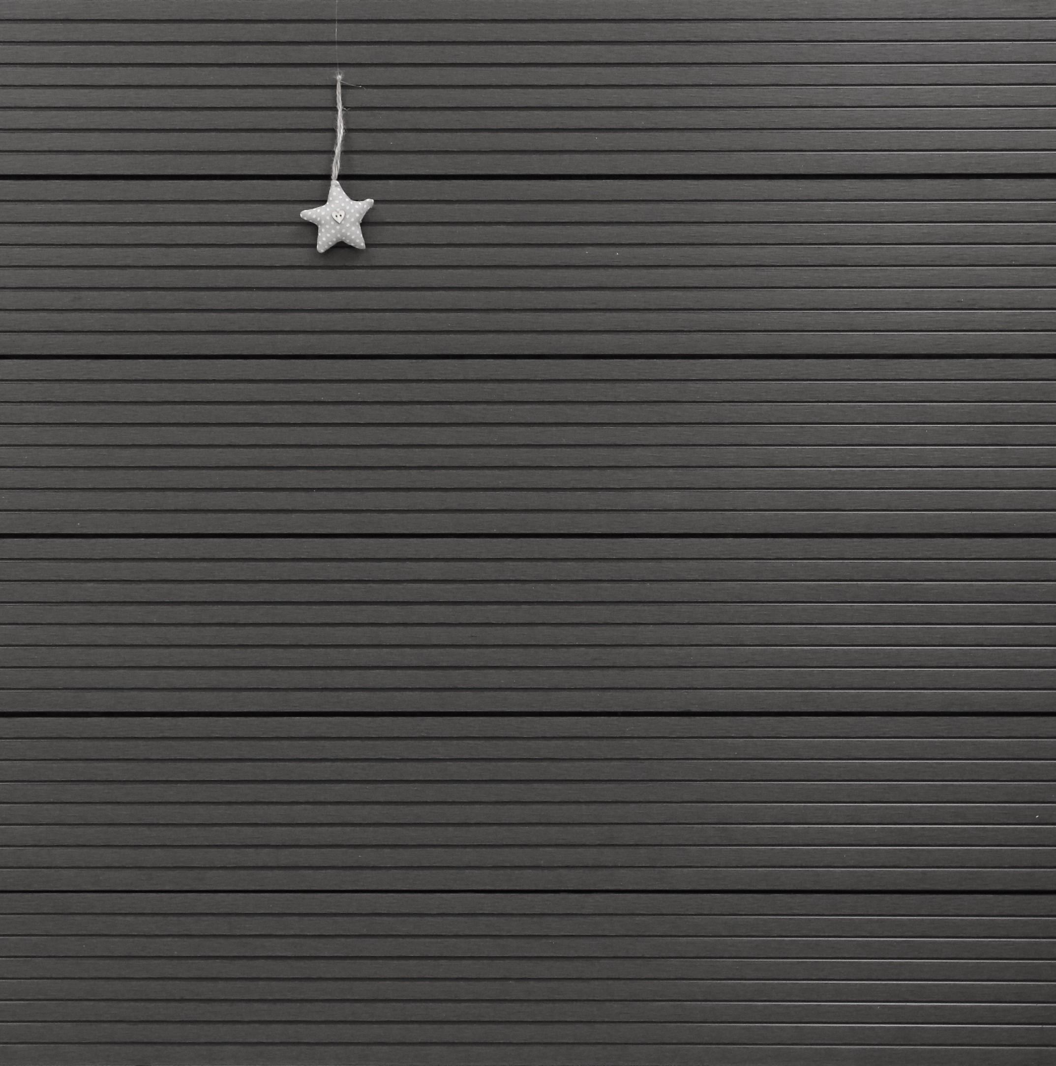 WPC Terrassendielen Hohlkammer, dunkelgrau, grob genutet, 22 x 146 bis 4800 mm für 5,30 €/lfm