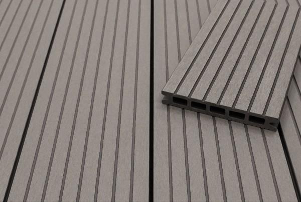 WPC Terrassendielen Hohlkammer, hellgrau, grob genutet, 22 x 146 bis 4800 mm für 5,30 €/lfm