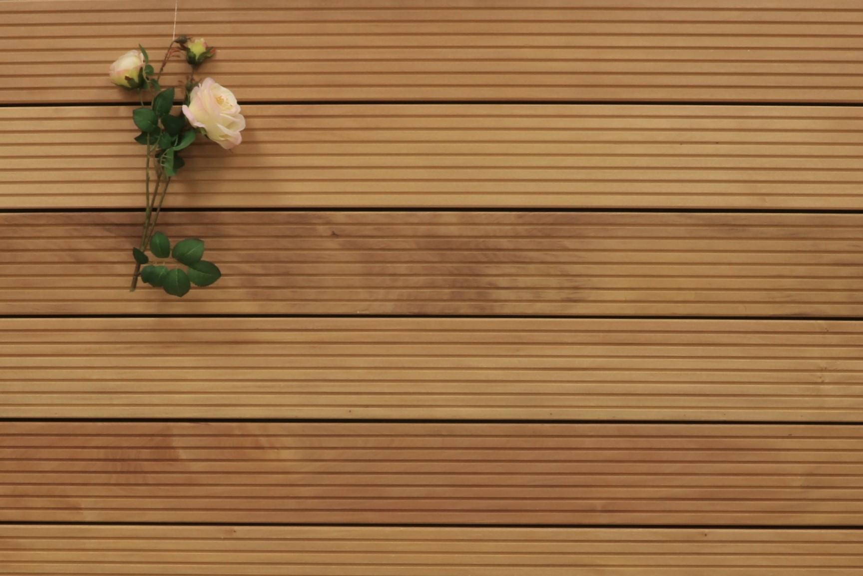 Garapa Terrassendielen, grob genutet, 45 x 145 bis 6100 mm, Premium (KD) für 21,90 €/lfm