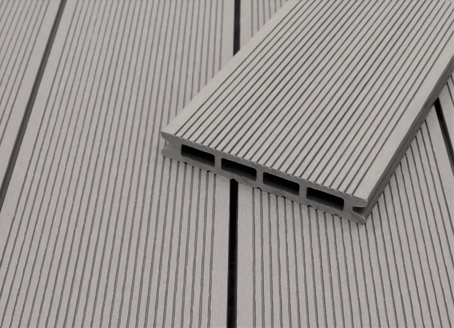 WPC Terrassendielen Hohlkammer, hellgrau, fein gerillt, 22 x 146 bis 4800 mm für 5,30 €/lfm